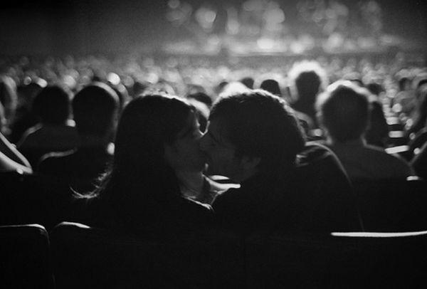 «Места для поцелуев»